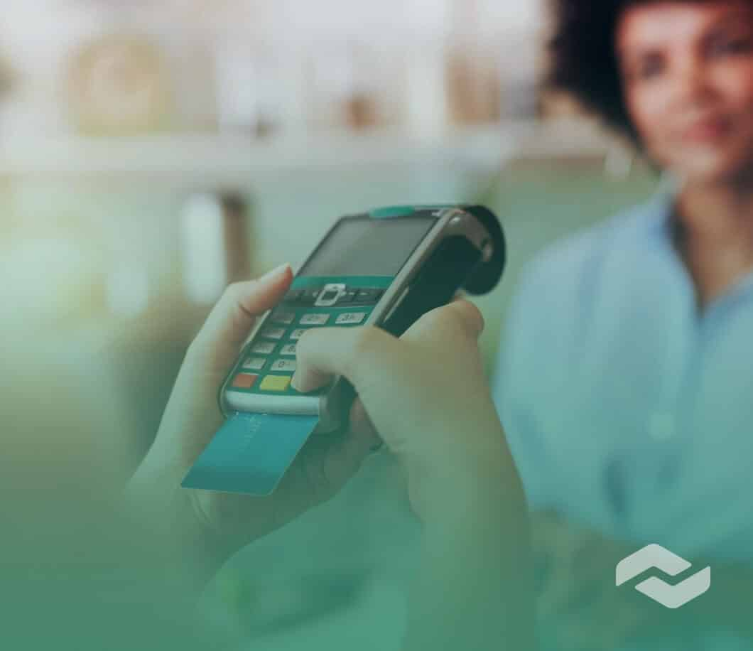 Cash vs Credit Card Spending Statistics Featured Image